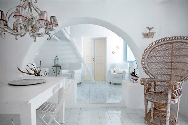 white-decorating-ideas-modern-house-3