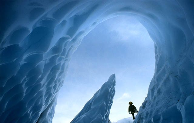 ice-caves-of-the-world1